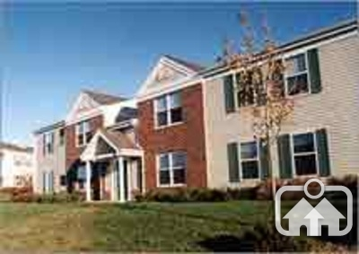 Glenbrook apartments in milwaukee wisconsin for Milwaukee 3 bedroom apartments