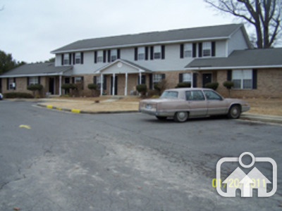 Image of Yester Oaks Apartments